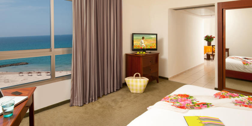 Leonardo Hotel Haifa Junior Suite