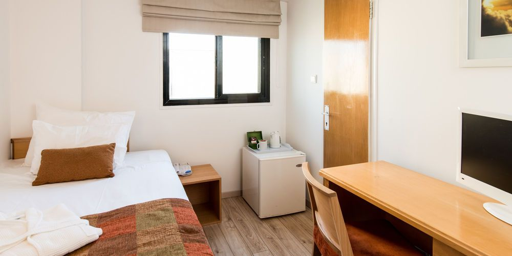 Economy-Single-Rooms-