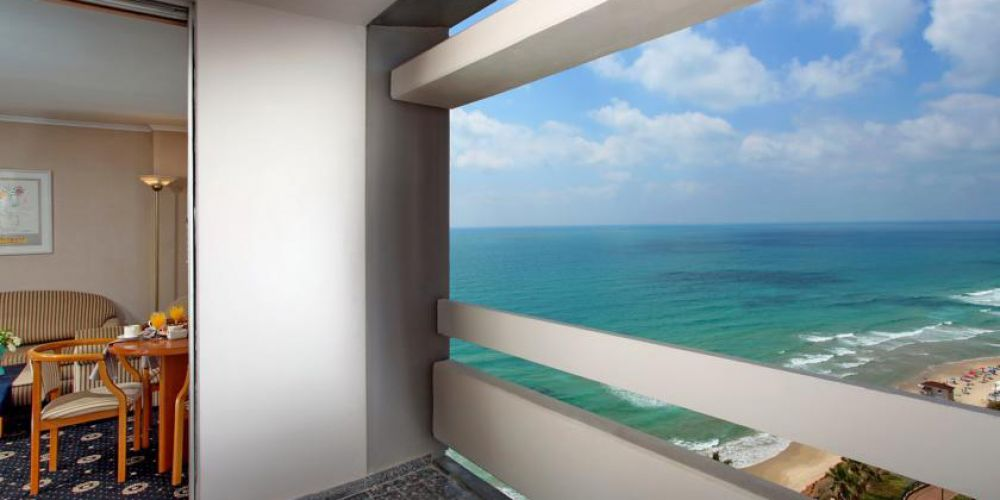 sea-view-room